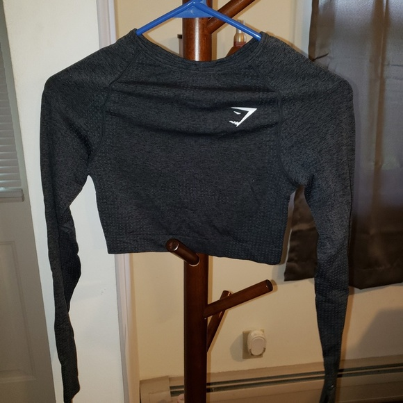 Gymshark Tops - Gymshark seamless crop long sleeve NEVER WORN
